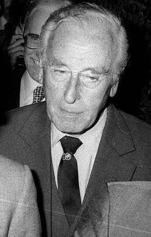 Lord Louis Mounttbatten był w życiu księcia Karola jedną z najważniejszych osób