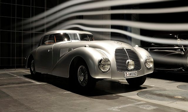 stary Mercedes