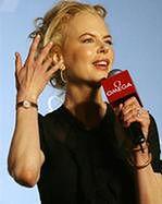 Nicole Kidman radzi Katie Holmes