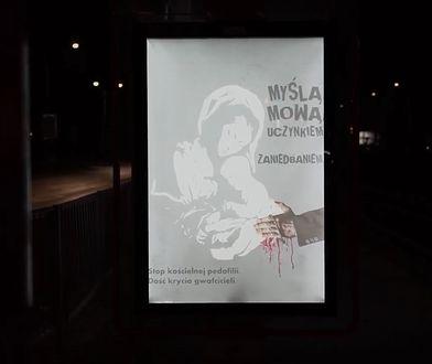 Plakaty są częścią akcji przeciw pedofilii w Kościele