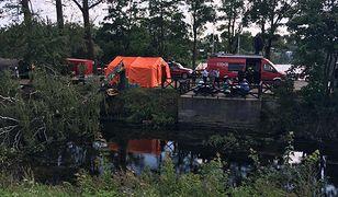 Punkt sztabu kryzysowego przy moście na rzece Brda w miejscowości Rytel
