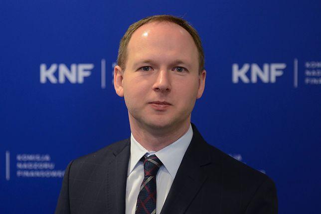 Afera KNF. Marek Chrzanowski i jego szybka kariera naukowa pełna jest rys i kontrowersji