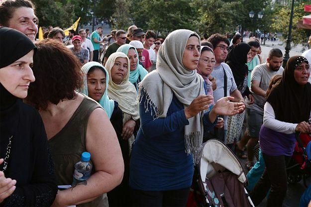 Marsz uchodźców i osób, którzy ich wspierają w Atenach, 16 czerwca 2016 r.