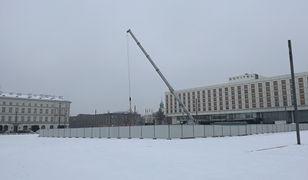 Trwają prace nad budową pomnika smoleńskiego w Warszawie