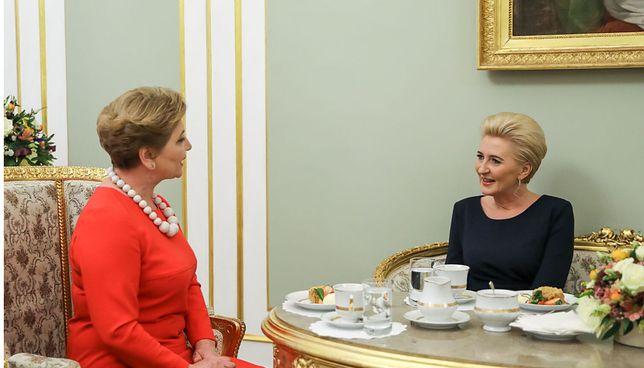 Agata Kornhauser-Duda przyjęła w pałacu Valentinę Bodrug. Klasyczna elegancja