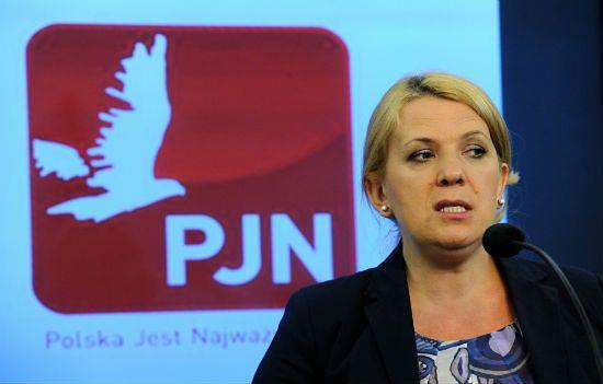 Posłanka PJN wyznaje: nie żałuję tego, że jest nam ciężko