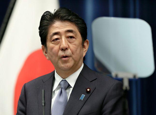 """Skuteczna zagrywka premiera Japonii. """"Skalkulowany hazard"""""""