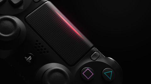 PlayStation 5 w wersji konsumenckiej na pierwszym zdjęciu – są też szkice projektowe