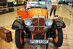 Wystawa zabytkowych samochodów