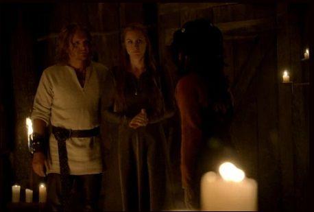 Pamiętniki wampirów sezon 3, odcinek 8: Zwykli ludzie (Ordinary People)