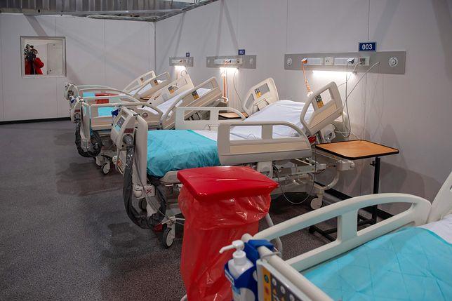 Koronawirus w Polsce. Najnowsze dane z Ministerstwa Zdrowia. Na zdjęciu: szpital tymczasowy w hali EXPO w Łodzi