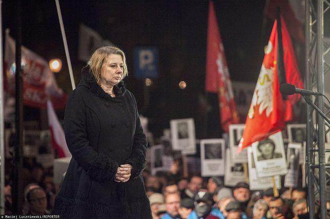 Wdowa po Tomaszu Mercie, który zginął w Smoleńsku, zabrała głos w sprawie obchodów 10. rocznicy katastrofy