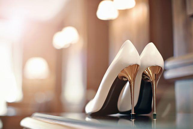 Szpilki na wesele powinny być dopasowane do sukienki i jak najbardziej wygodne