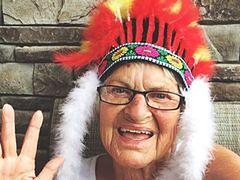 86-latka podbija serca internautów