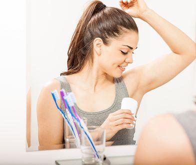 Antyperspirant jest kwalifikowany jako lek zwalczający problem potliwości w co najmniej 20%.