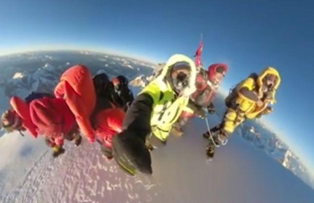 Wideo ze zdobycia szczytu zostało zamieszczone na profilu Nirmal Purja