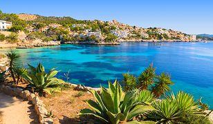 W Hiszpanii hitem są zarówno kierunki wyspiarskie, jak i słoneczne wybrzeża