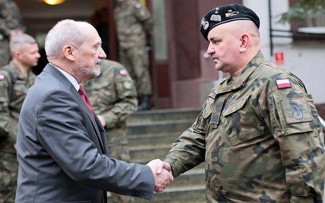 Gen. Jarosław Mika nowym dowódcą generalnym