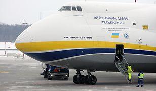 Antonov 225 w Warszawie. Lądowanie na Lotnisku Chopina możesz obejrzeć online [Wideo]