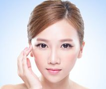 Koreański sposób na piękną cerę: złuszczanie + nawilżanie