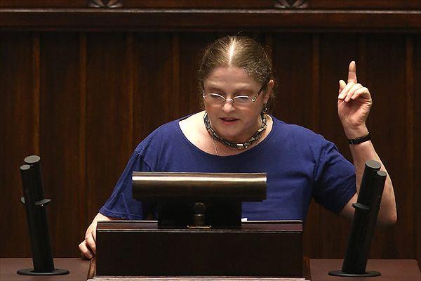 Krystyna Pawłowicz: łuk triumfalny za mało praktyczny? To najedzcie się kiełbasy!