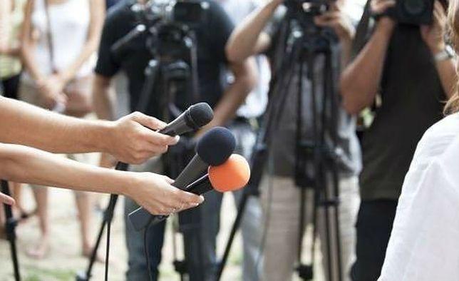 Dziennikarze mają promować Polskę za pieniądze MSZ. Nie wiadomo, jednak którzy