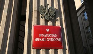 Medal Komisji Edukacji Narodowej wręczyła historykowi osobiście minister edukacji Anna Zalewska