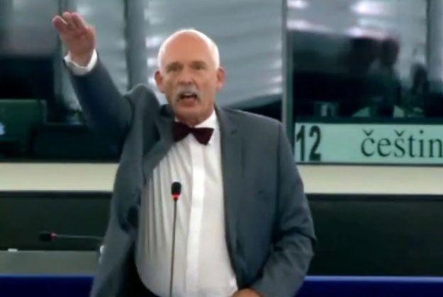 Grzegorz Schetyna przeprasza Europę za gest Janusza Korwin-Mikkego