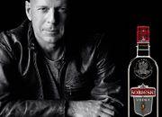 Bruce Willis firmuje polską wódkę Sobieski