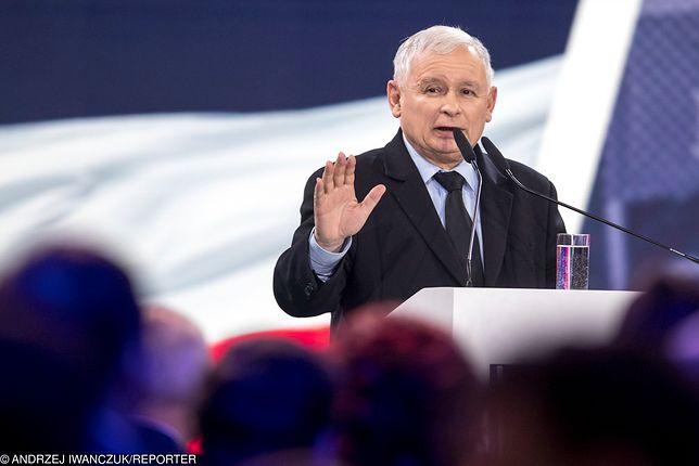 """PiS prezentuje nowy spot. Reklamuje """"piątkę Kaczyńskiego"""""""