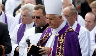 Biskup Jan Szkodoń zaprzecza oskarżeniom, ale zajmuje się nią Kongregacja Nauki Wiary