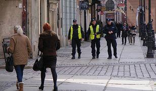 Więcej policjantów i strażników miejskich na Starym Rynku w Poznaniu