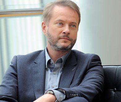 Artur Żmijewski nie poszedł w ślady starszego brata