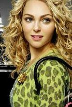 """The Carrie Diaries"": AnnaSophia Robb jako Carrie Bradshaw"
