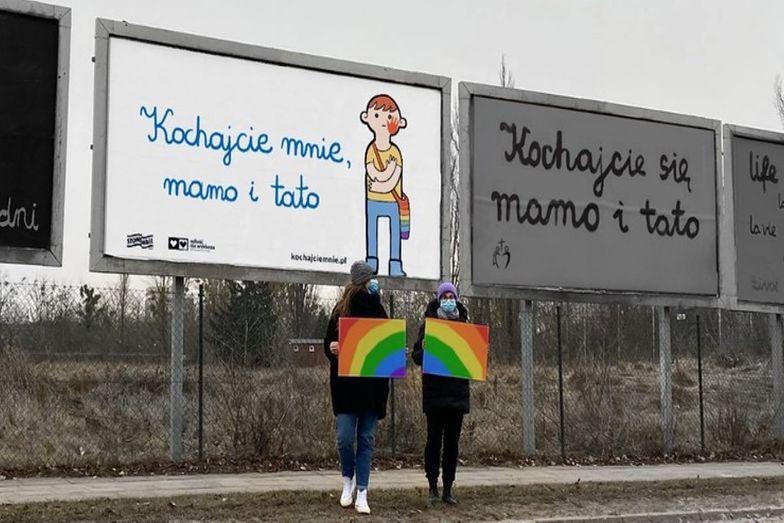 W polskich miastach zawisną billboardy LGBT. Trwa zbiórka pieniędzy
