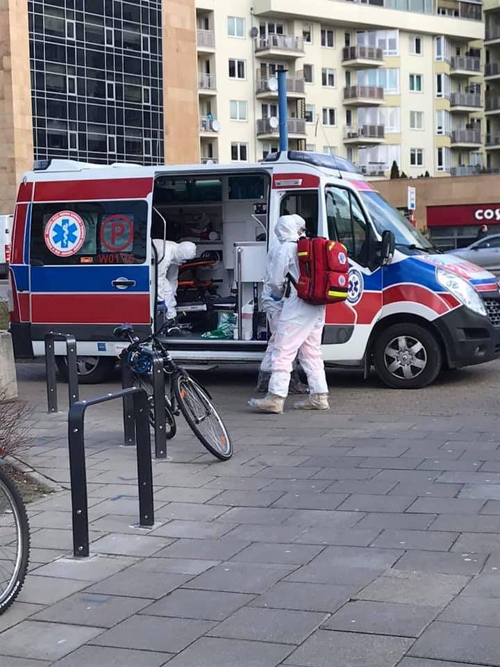Koronawirus w Polsce. Zamknięte 3 stacje metra. Na miejscu sanepid