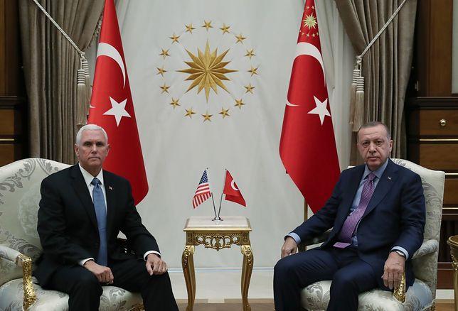Mike Pence i Recep Erdogan zawarli wirtualne prozumienie