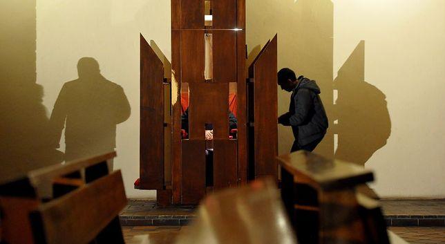 97-letni ksiądz zaatakowany w konfesjonale. Napastnik chciał pieniędzy