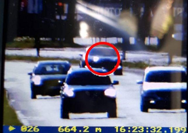 Łódź. Pędził niemal 160 km/h. Kierowca porsche chciał uciec