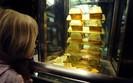 Złoto w cieniu wojny handlowej i banków centralnych. Wyceniane najniżej w tym roku