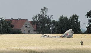 Pasłęk: MiG-29 rozbił się w polu. Mieszkańców obudził wybuch