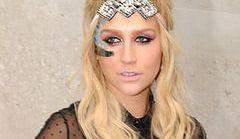 Kesha na spotkaniu z fanami