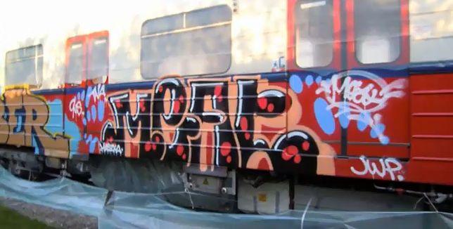 Pomalowali metro sprayami i umieścili film w sieci [WIDEO]