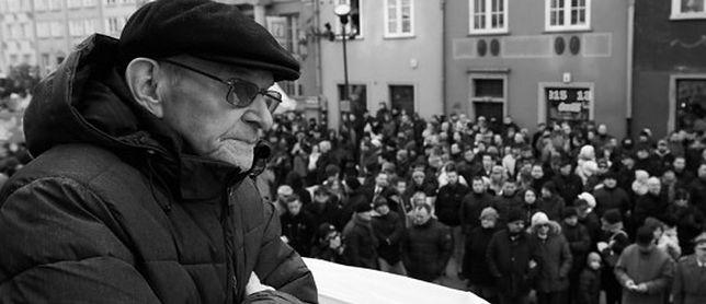 """Pogrzeb Józefa Bandzo ps. """"Jastrząb"""". Był jednym z ostatnich żołnierzy mjr. """"Łupaszki"""""""