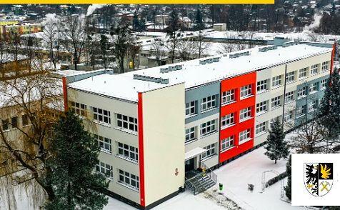 Śląskie. SP 9 i SP 10  w Tarnowskich Górach przeszły kompleksową termomodernizację.