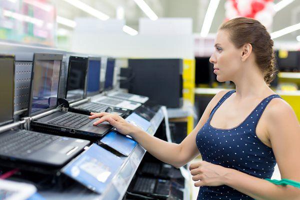 Jaki laptop kupić, by dbać o środowisko? Sprawdzam laptopy czołowych firm