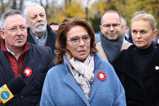 11 listopada. Opozycja złożyła kwiaty przed pomnikiem Piłsudskiego. Małgorzata Kidawa-Błońska: pamiętajmy także o przyszłości