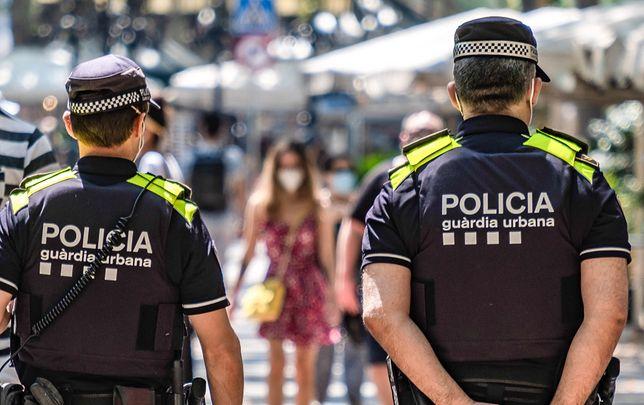 Koronawirus. Polak skazany w Hiszpanii na więzienie za brak maseczki