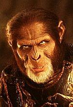 Małpy zaatakują w sierpniu