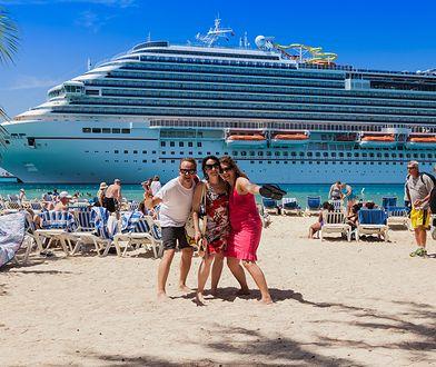 Wybierz się w spontaniczny rejs po Karaibach. Wylot już w piątek 10 lutego!